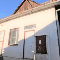 Skladovacie, Pukanec, 107 m², Pôvodný stav