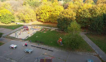 Príjemný  4 izbový byt Bratislava - Petržalka
