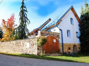 TOP PONUKA - VYŠNÁ SLANÁ - RD 107 m2, ( CHALUPA) kompletná REKONŠTRUKCIA v blízkosti lyžiarskeho strediska