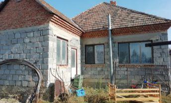 Na predaj rodinný dom v obci Búč