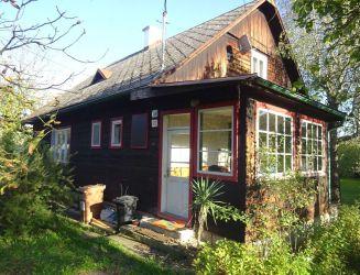 Zvolenská Slatina – rodinný dom, garáž, záhrada 930 m2 – predaj