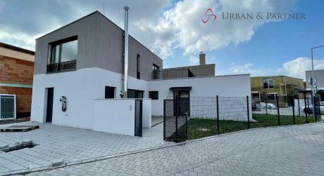 Predaj 4-i bungalovu v krásnej lokalite v centre Záhorskej Bystrice