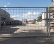 TOP Realitka - EXKLUZÍVNE – Priemyselný areál, Ohradený pozemok 420 m2, rôzne podnikateľské využitie, prístup pre kamióny, Vinohradnícka ul.