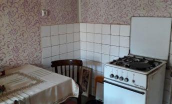 Ponúkame na predaj 3 izbový rodinný dom v obci Preseľany