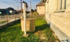 Starší 7 izbový rodinný dom so slnečným pozemkom, okres Sobrance