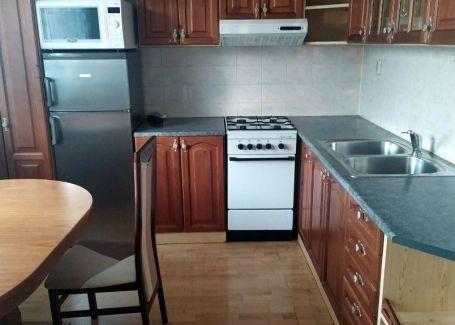REZERVOVANÉ- Priestranný 3-izbový byt s balkónom na predaj Poprad - Starý Juh - TOP LOKALITA!!!