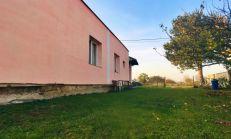 Zateplený 4 izbový rodinný dom v tichej lokalite, okres Michalovce