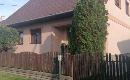 Ponúkame na predaj veľmi pekný rodinný dom v Jakubove