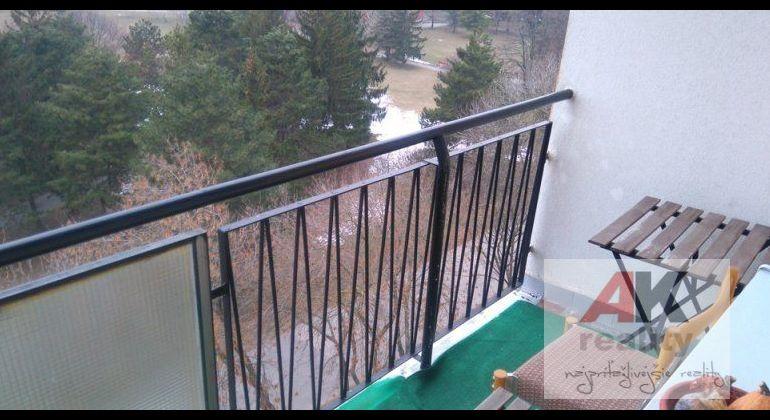 Prenájom 2 izbový byt Bratislava-Ružinov, Jadrová ulica