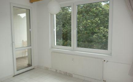 Pekný 3-izbový byt 93 m2 + lodžia a balkón v Trenčianskych Tepliciach