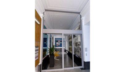 Prenájom - Exkluzívne administratívne priestory 260 m2 v reprezentatívnom objekte - Staré mesto - BA I. TOP PONUKA !