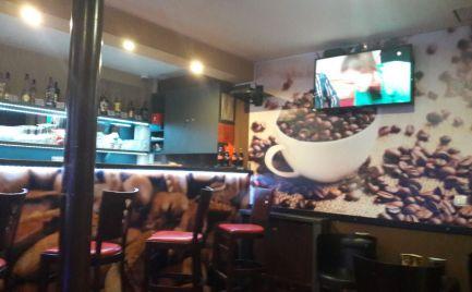 Prenajom obchodnych priestorov herne+kaviarne, 53m2 centrum, hlavna ulica UNESCO zona