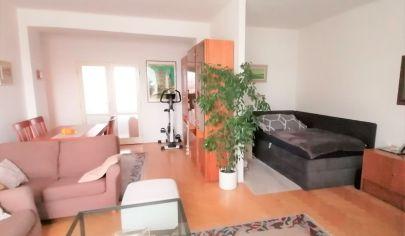 REZERVOVANÉ – Slnečný 3 izbový byt s balkónom v tehlovom bytovom dome – Ostredková ul. – BA II Ružinov.TOP PONUKA!