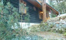 Krásna drevená chalupa pri Perlovej doline