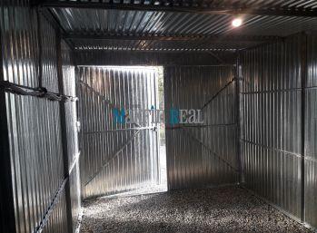MAXFIN REAL - prenájom novej pozinkovanej garáže v Nitre, na Novozámockej ulici.