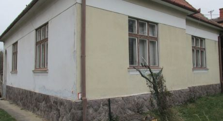 Štýlová rodinna vila v centre mesta Zlaté Moravce na rôzne využitie
