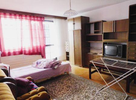 Prenájom 2 izieb v trojizbovom byte v Bratislave na Ružinov