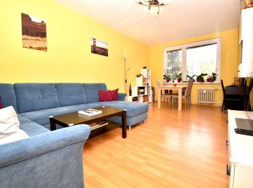 2i byt, 62 m2 – BA-Ružinov: kompletná rekonštrukcia, samostatná kuchyňa, pokojná lokalita plná zelene