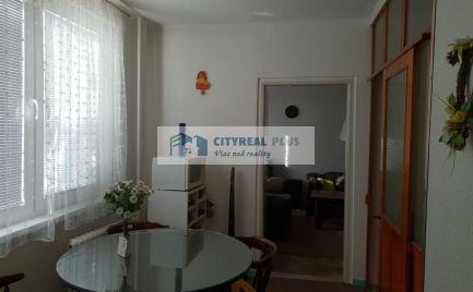 Ponúkame Vám na predaj 3 izbový byt v meste  Štúrovo
