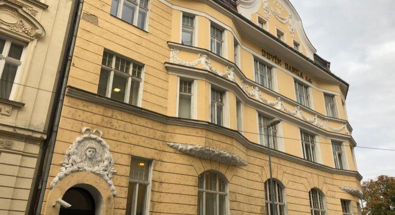 Kancelárske priestory v historickej budove na Gunduličovej ul. na prenájom