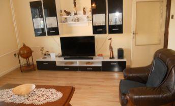 5 izb.RD so samostatnou bytovou jednotkou na 9á pozemku vo Vajnoroch