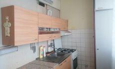 3 izbový byt, s lóggiou. Bielocerkevská ul., Košice - Furča.