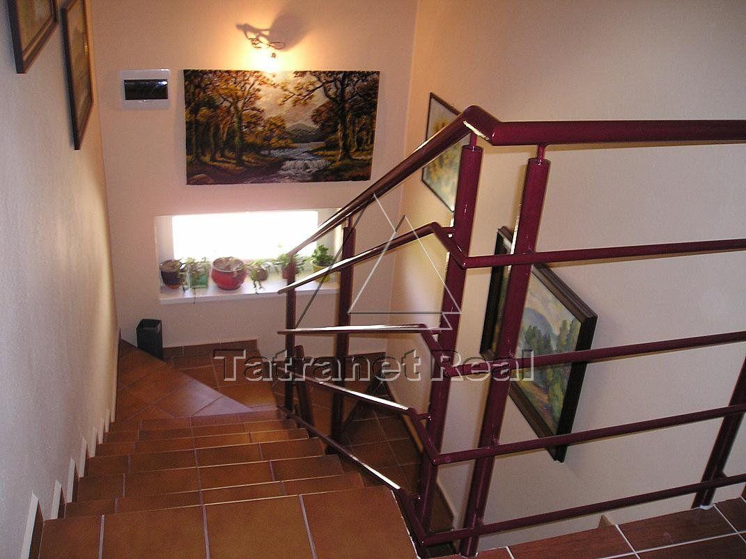 Rodinný dom-Predaj-Humenné-246000.00 €