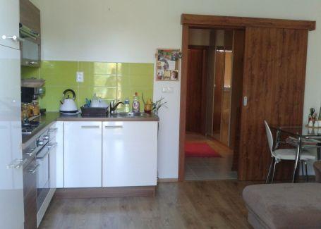 DELTA-2 izb.byt s predzáhradkou