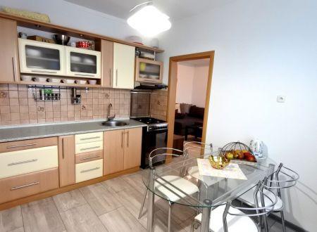 Exkluzívne APEX reality 3i. byt na Manckovičovej ul., 2x balkón, šatník, 73 m2, 2x výťah