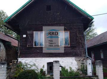 Drevenica v obci Sklené, okres Turčianske Teplice.