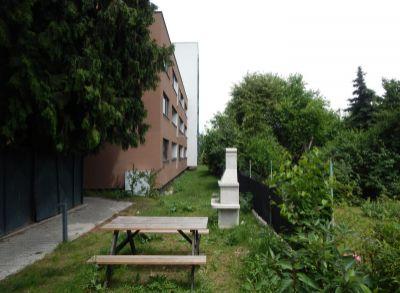 Nový elegantný 2 izb. bytu na prenájom v novostavbe na Mierovej, garáž, pivnica