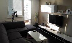 REZERVOVANE - zariadený 3i byt na ulici Mateja Bela po kompletnej rekonštrukcií !