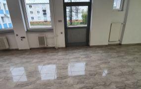 Na prenájom nový obchodný, alebo kancelársky priestor, 56 m2, Dubnica nad Váhom.