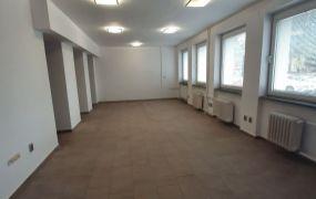 Na prenájom nový obchodný, alebo kancelársky priestor, 76 m2, Dubnica nad Váhom.
