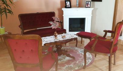 EXKLUZÍVNA PONUKA - JACOVCE 5 izb. dom , po rekonštrukcii, pozemok 909 m2