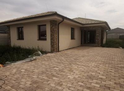 Nádherný 4-izbový rodinný dom zhotovený kompletne na kľúč s kuchynskou linkou a spotrebičmi