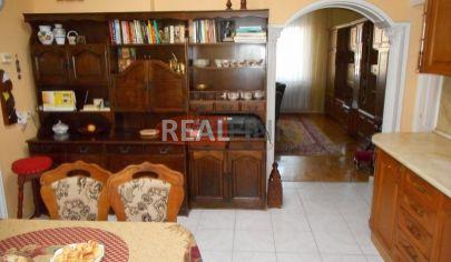 Realfinn - predaj-exkluzívny rodinný dom Nové Zámky
