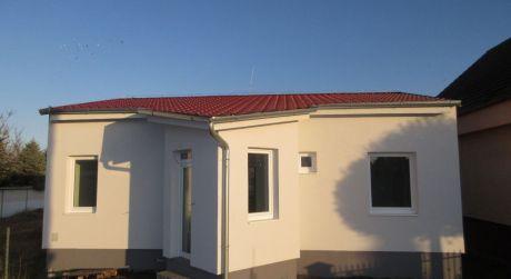 Na predaj novostavba 3 izb. rodinného domu s veľkým pozemkom 1.200m2, Veselé okr. Piešťany
