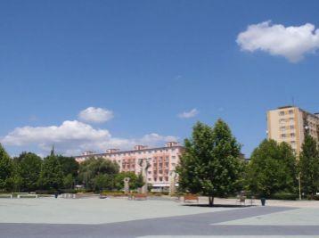 3-i byt,63 m2 BALKÓN,pôvodný stav,CENTRUM mesta pri OC GALÉRIA