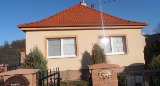 Rodinný dom 3+1, kompletná rekonštrukcia, upravený pozemok 550m2, MORAVANY nad VÁHOM