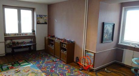 EXKLUZÍVNE- Veľkometrážny 4 izbový byt Podháj o rozlohe 117m2+2 loggie+ 1 balkón