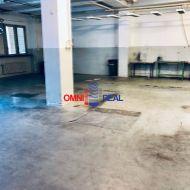 Prevádzková 4 podlažná budova vhodná na skladové, alebo výrobné, Púchovská ul, Rača