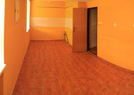4-izb. byt s terasou Banská Bystrica-Radvaň prenájom