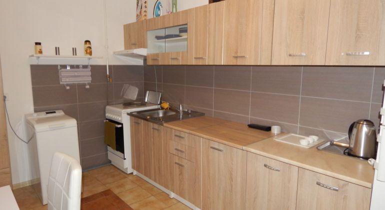 Na Predaj 1-izbový byt, 32 m2, Prievidza, Necpaly