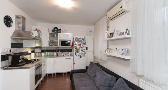 REZERVOVANE_Predaj 2izb bytu 57m2+ sklad 4m2, balkón 7m2, parkové státie_Vlastné ÚK