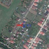Dva pekné stavebné pozemky, Kvetoslavov, Záhradnícka ul., 1539 m2