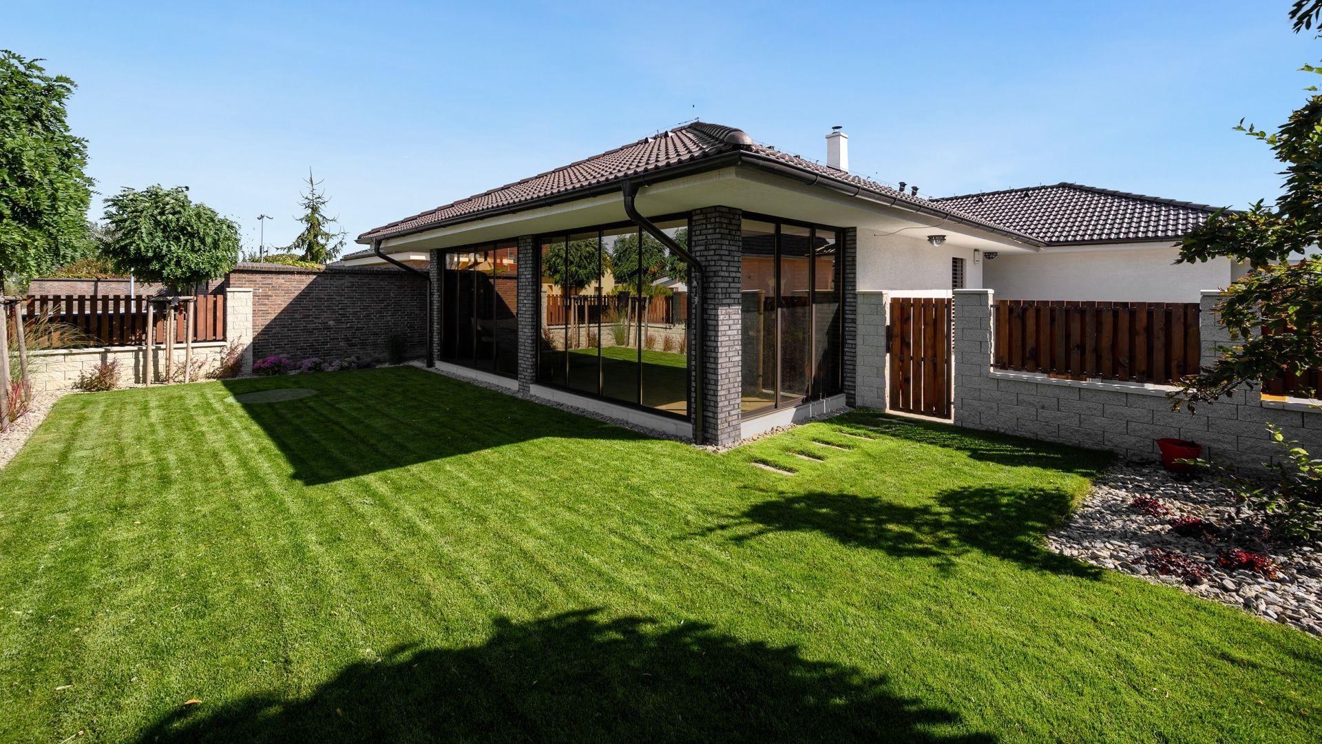 Rodinný dom-Predaj-Malacky-330000.00 €