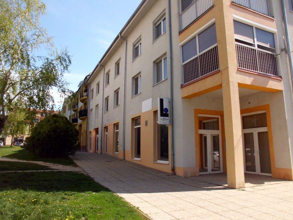 Obchodný objekt-Predaj-Šamorín-123000.00 €