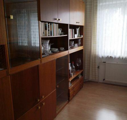 StarBrokers- PREDAJ: Tichý 2-izb. byt,  vhodný aj na investíciu, Bradáčova ul.