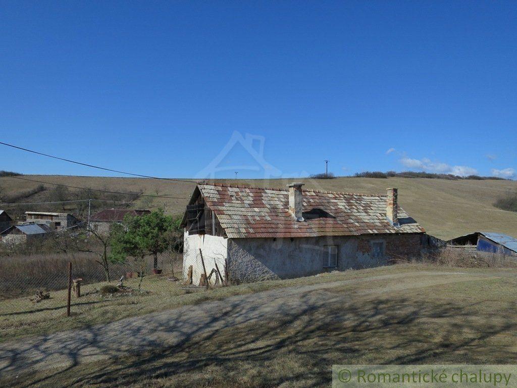 Poľnohospodársky objekt-Predaj-Belín-14000.00 €